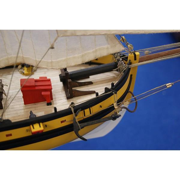 Détails Maquette du cotre corsaire Le Renard Robert Surcouf